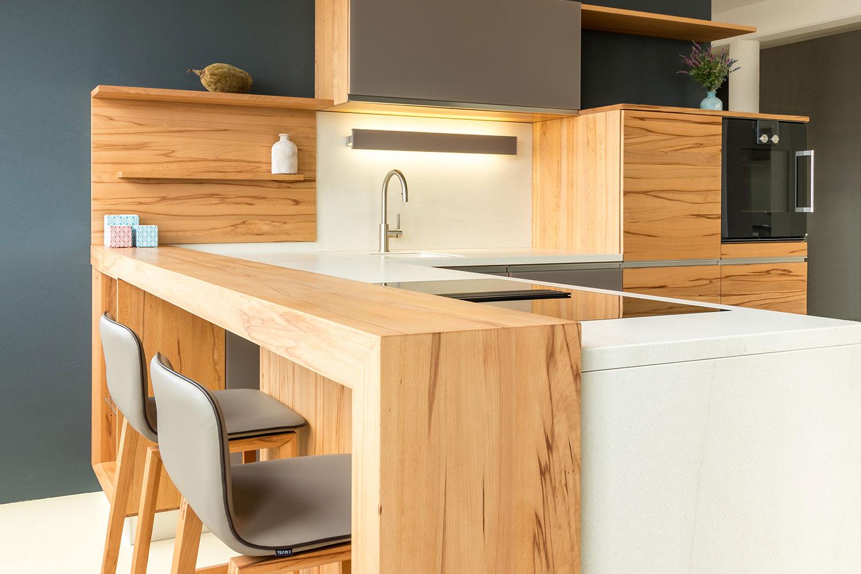 team 7 l1 naturholzk che mit keramik abverkauf bei holzk chen berlin. Black Bedroom Furniture Sets. Home Design Ideas